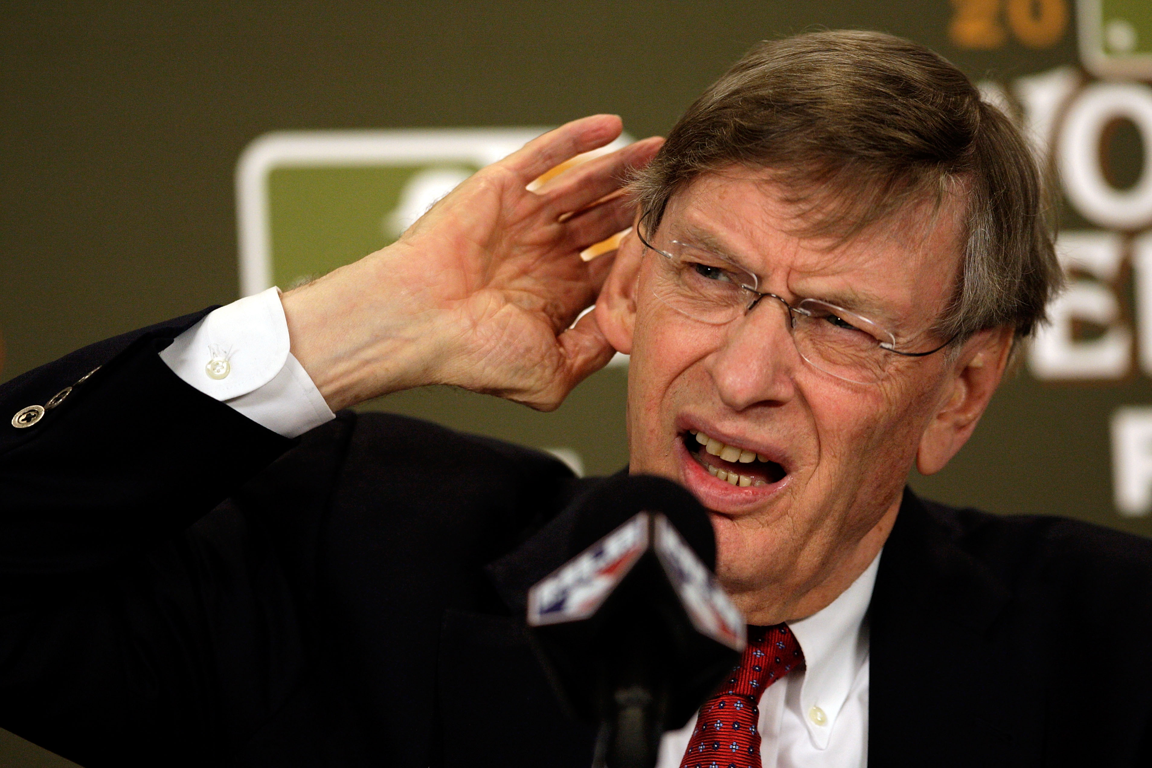 Twitter Lets Bud Selig Know That The Teams With Better Records …