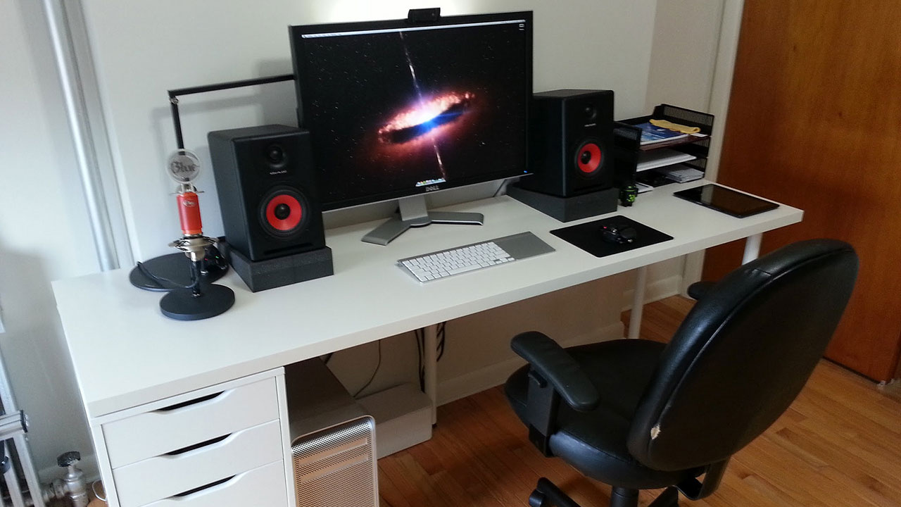 Red White And Black A Simple Recording Workspace Lifehacker Australia