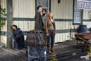 Revolution Promo Photos ep. 1.05