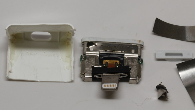 First Look at What's Inside Apple's New Dock Adapter: It's Impossible to Tinker With