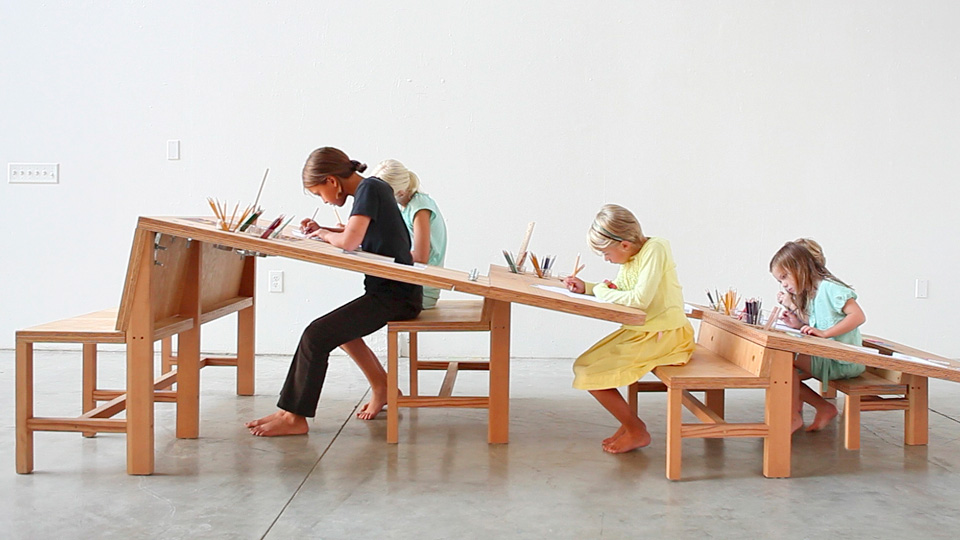 Your Kids Will Never Outgrow This Drawing Desk Gizmodo