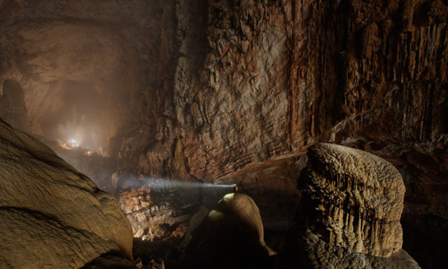 Could you build a city in an underground cave?