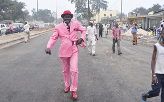 Gentlemen Of Bacongo: The Dandies Of Sub-Saharan Africa