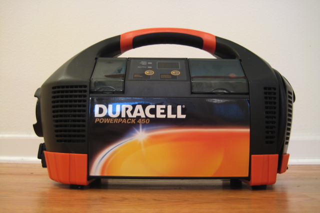 Lightning Review: Duracell Powerpack 450 Talking Portable Power Unit