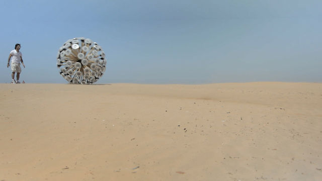 Click here to read This Wind-Powered Rolling Tentacle Ball Can Clear Landmines