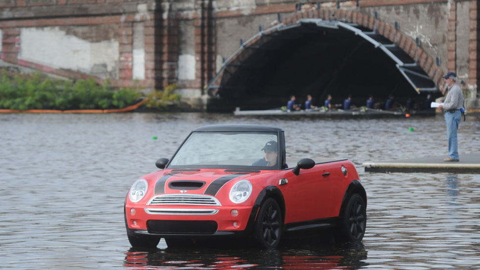 Ahoy, Mateys! This Be A Sea-Farin' Mini Cooper