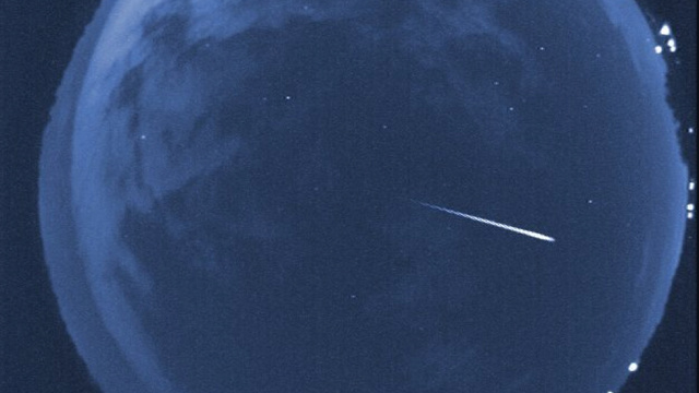 The Best Photos From This Weekend's Orionid Meteor Shower