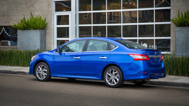 2013 Nissan Sentra: The Jalopnik Review