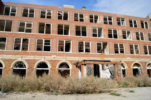 This abandoned sanatorium could be the real-life version of the one in American Horror Story