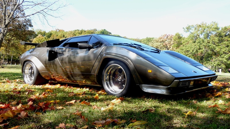 Click here to read The Man Who Spent 17 Years Building The Ultimate Lamborghini Replica In His Basement Wants To Sell It