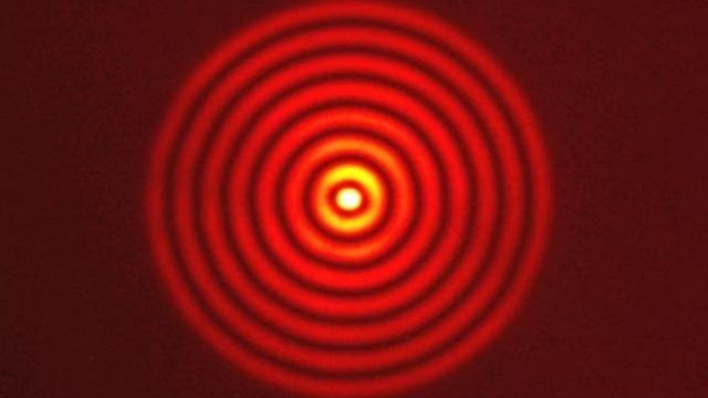 Physicists demonstrate an actual tractor beam in the lab
