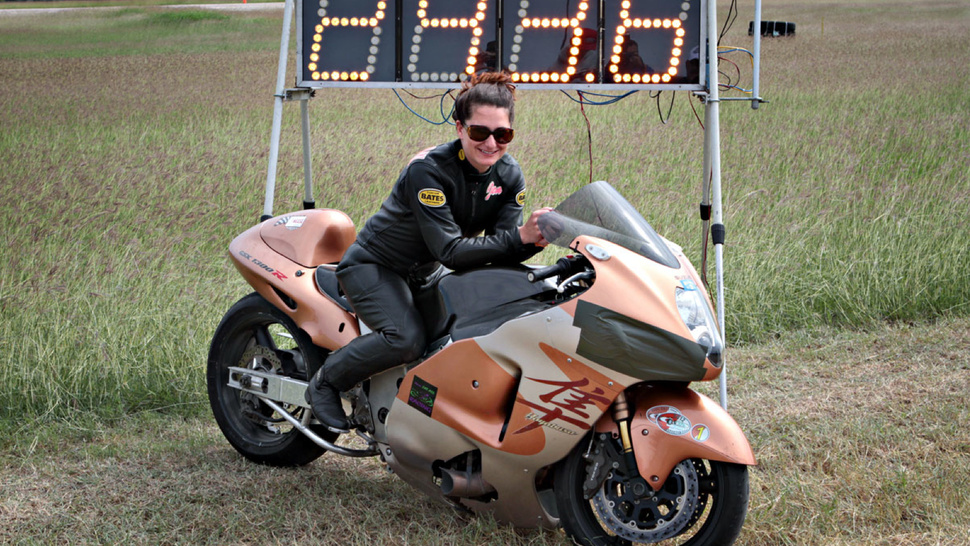 This Woman Set An Incredible Motorcycle Speed Record At The Texas Mile
