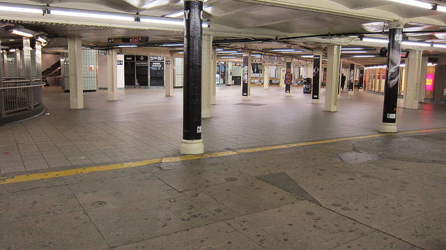 Here Are Some Eerie Photos of Now Empty New York City Subway Stations