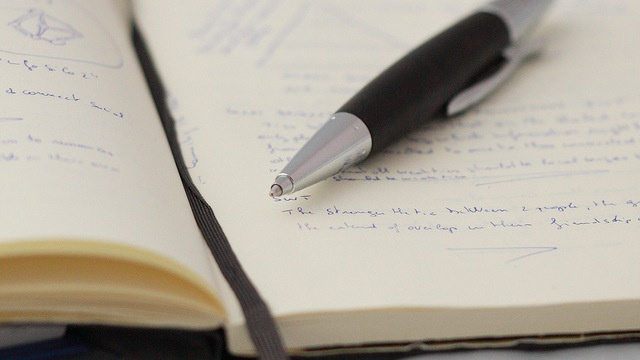 Three Ways I've Simplified My Life Using Pen and Paper Instead of Technology
