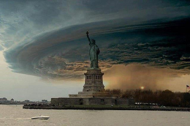Think Before You Tweet: That Hurricane Picture Is Very Possibly Fake as Hell