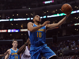 There Is Something Fishy About Eric Gordon's Knee Injury