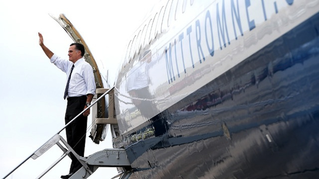 How Mitt Romney's Plane Gets Stripped of Mitt Romney Now That He Lost