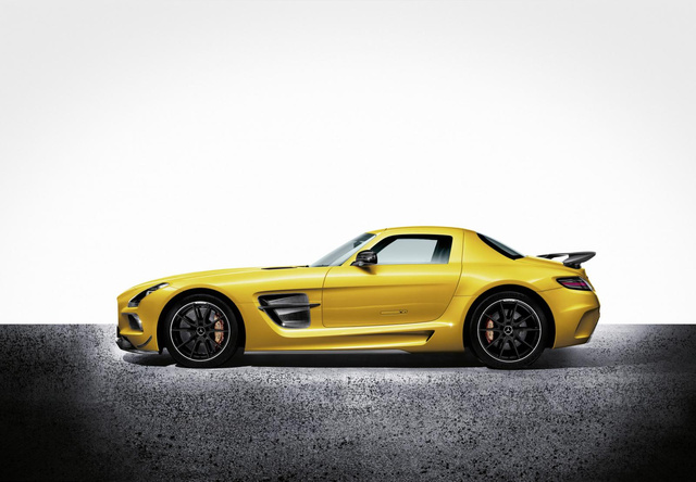 The Mercedes-Benz SLS AMG Black Series Will Kill You In Your Sleep