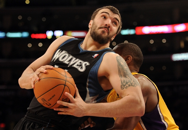 Nikola Pekovic Doesn't Give A Shit About Crutches Or Pain