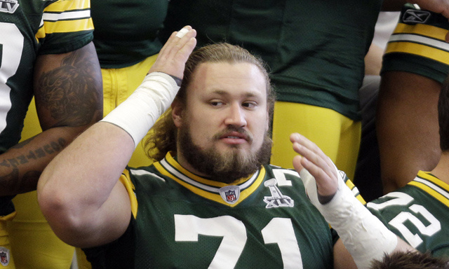 "Packers Lineman Gives One Hell Of An Answer To ""Boxers Or Briefs?"""