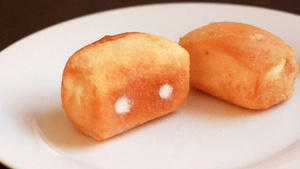 Make Your Own Twinkies (Since Hostess Won't Make Them For You)