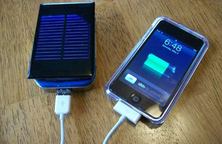 DIY Solar-Powered iPhone or iPod Charger