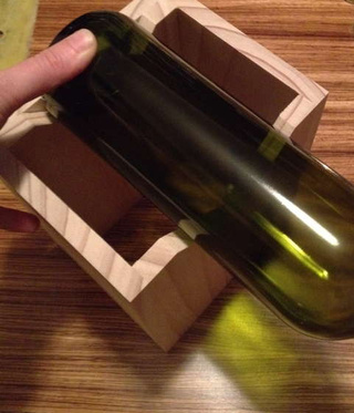 Build a Jig to Cut Wine Bottle Drinking Glasses for $12