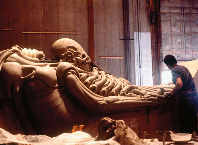 "How H.R. Giger's Brilliant Madness Helped Make Alien ""Erotic"""