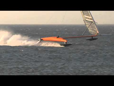 Click here to read Watch This Insanely Speedy Sailboat Smash A World Record