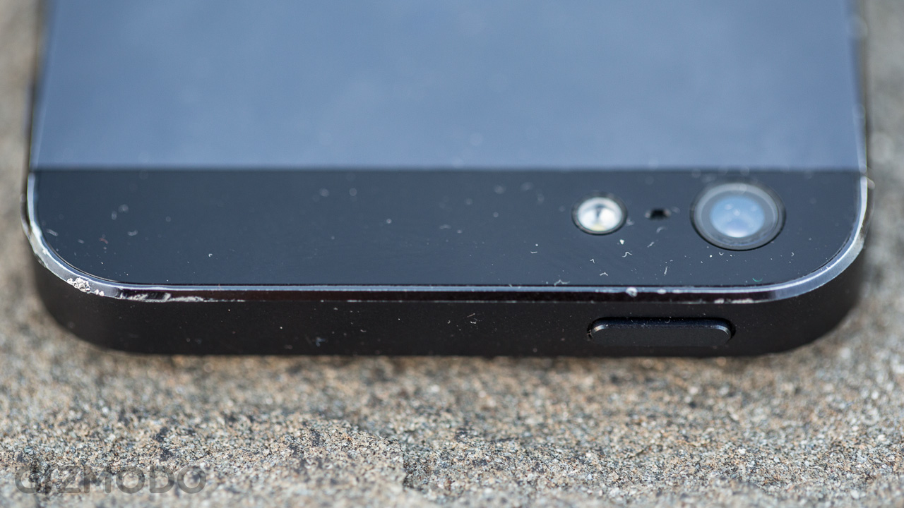 Click here to read The iPhone 5 Damage Report: Two Months Later