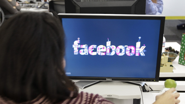 All Those Facebook Friends Are Stressing You Out, Says Science