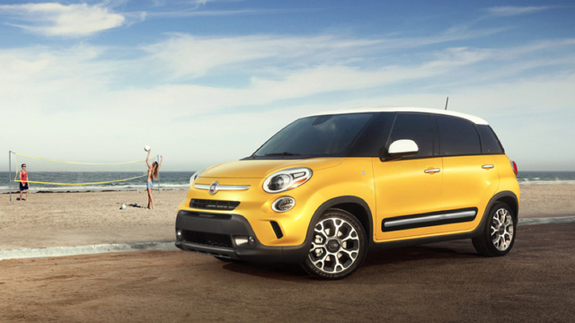 Fiat 500L: The Fiat That Thinks It's A MINI Countryman