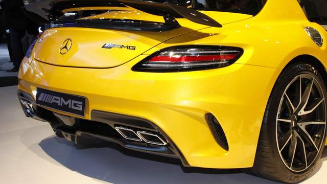 The Mercedes-Benz SLS AMG Black Series Is An Energy Drink You Can Drive