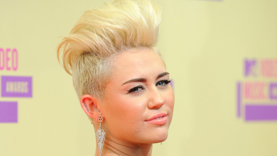 Miley Cyrus Might Become the New Half-Man on <em>Two and a Half Men</em>