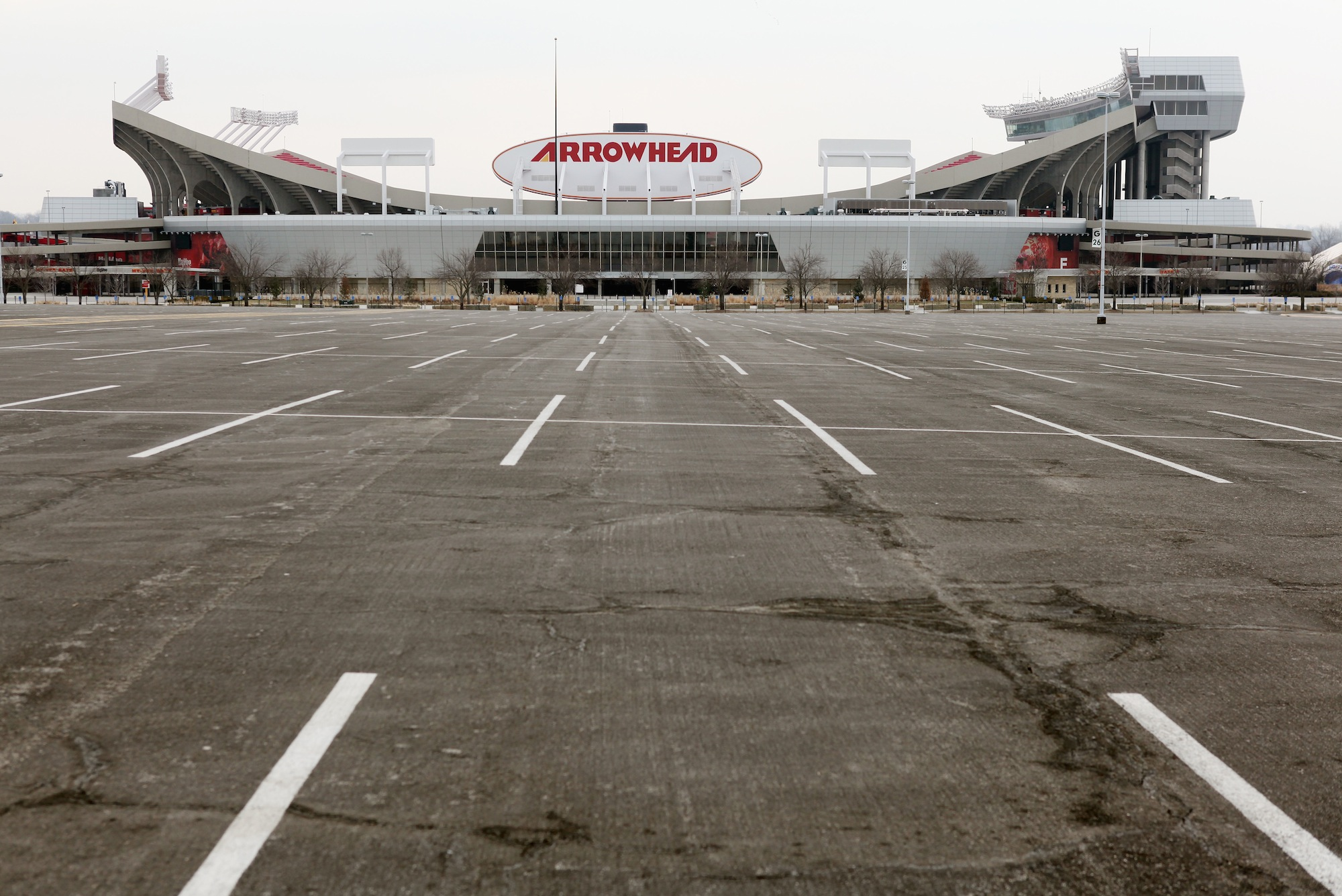 This Is Not The First Murder-Suicide Outside Arrowhead Stadium …