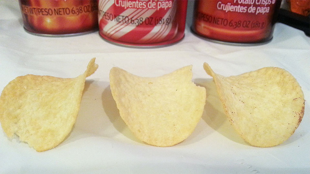 Pringles Pumpkin Spice, Cinnamon Sugar and White Chocolate Peppermint: The Snacktaku Review
