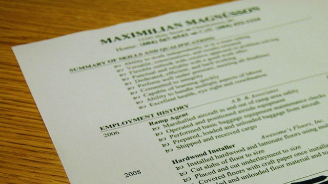 Ramp Up Your Job Hunting Over the Holidays to Get Your Resume in Front of People Easier