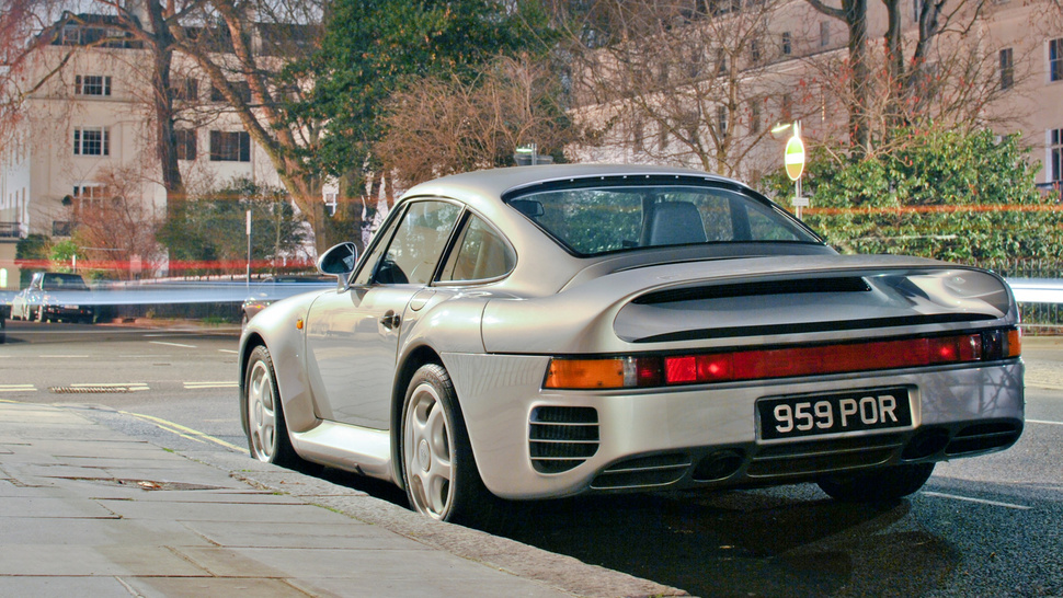 Your Ridiculously Awesome Porsche 959 Wallpaper Is Here