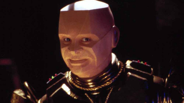 Ask Red Dwarf's Robert Llewellyn all your smegging questions!