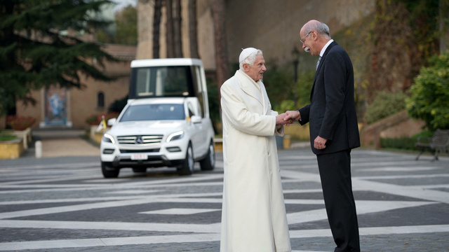 Surprise! Pope Benedict's New Popemobile Is A Mercedes-Benz Again
