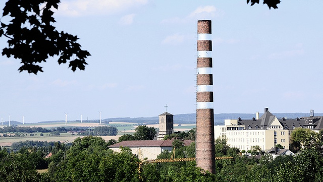 This Smokestack Looks Like It's Sliced Up and Floating In Mid-Air