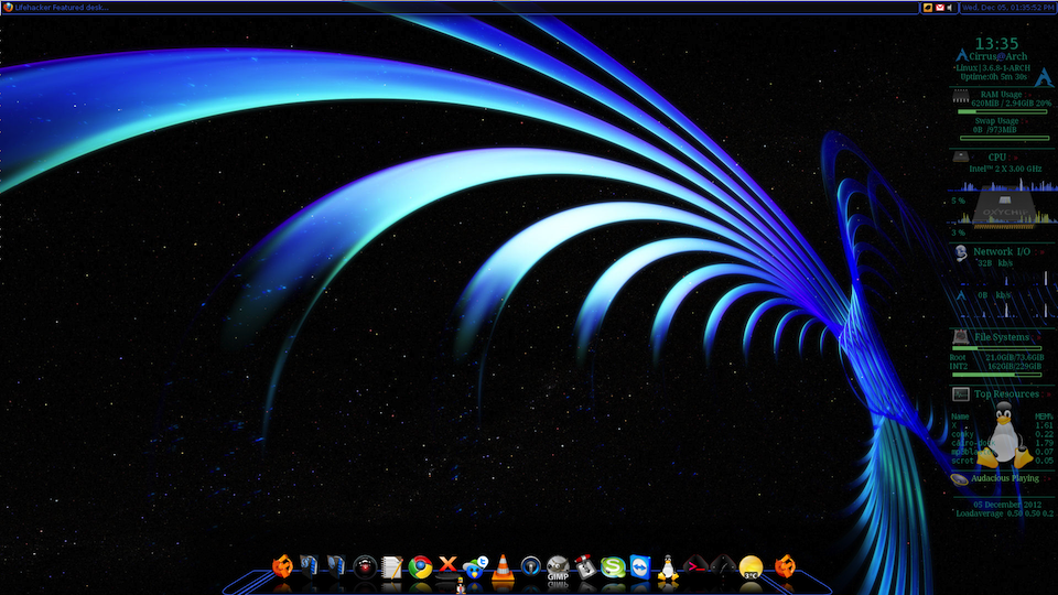 We Dont Get A Chance To Feature Dual Monitor Desktops Often But Lifehacker Reader Archer1690s Arch Linux Setup Is Worth Highlighting The Wallpaper