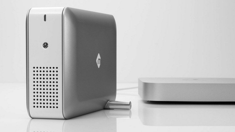 Thunderbolt Chassis Gives Macbooks RAID Storage And Video Capture