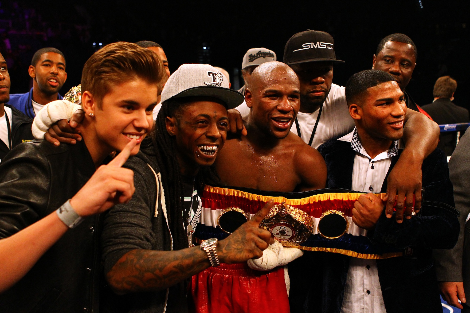Floyd Mayweather Bet $100,000 On The Warriors Last Night, Accor…