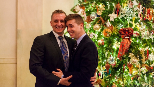 First Same-Sex Marriage Proposal in the White House Caught on Camera