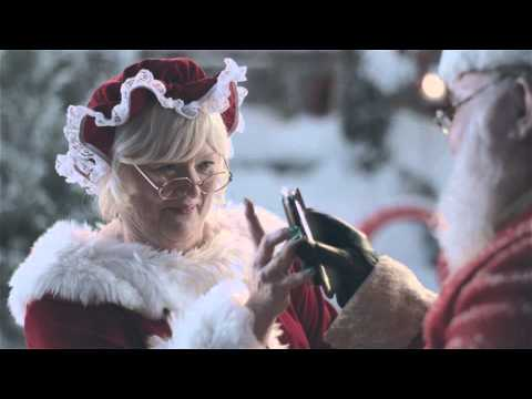 Click here to read That Samsung Sex Tape Ad Is Way Creepier When It's Santa