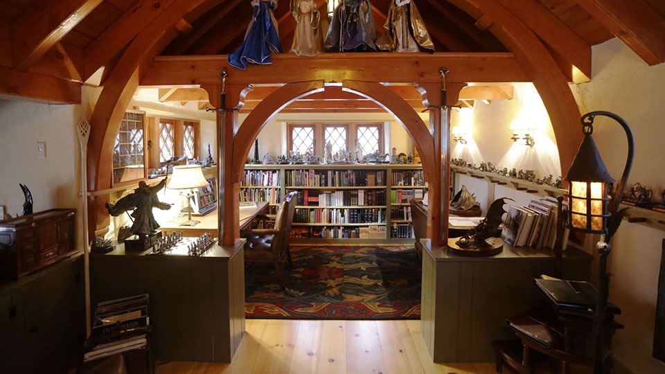 Rich guy builds personal and expensive hobbit house for Hobbit house furniture