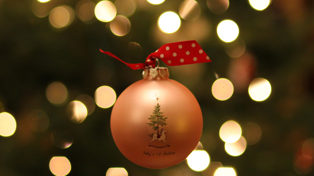Click here to read 24 Photographs Of Your Most Treasured Ornaments