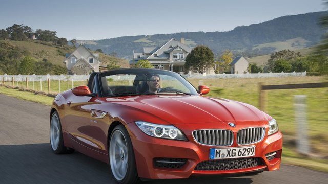 Click here to read The 2014 BMW Z4 Adds A Bimmerang And Not Much Else