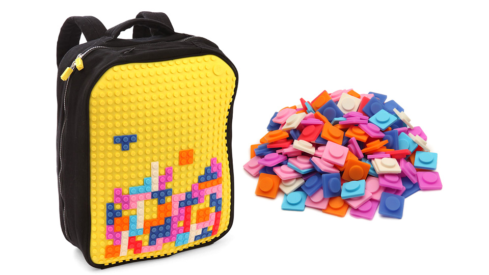 Pixel Art Backpack Lets You Decorate It Tetris-Style